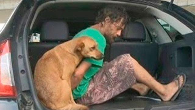 perro-sigue-hombre-detenido-brasil